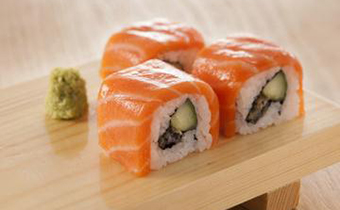 寿司里的调味萝卜是怎么做的 寿司里面的胡萝卜怎么处理