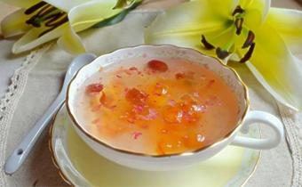 桃胶可以放花生吗 桃胶和花生可以一起炖吗