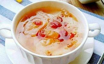 桃胶皂角米银耳羹可以一起吃吗 桃胶皂角米银耳羹还需要加什么