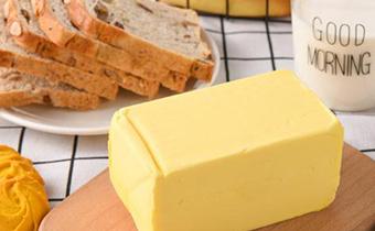 黄油化成水了可以重新冷冻吗 为什么黄油放锅里会糊了
