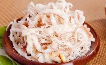 干鱿鱼丝吃了会发胖吗 鱿鱼丝的热量是多少