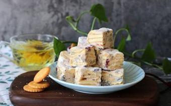 雪花酥的黄油可以用有盐的吗 雪花酥用什么黄油比较好