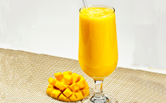 榨芒果汁用热水还是凉水 芒果可以加热水打汁吗
