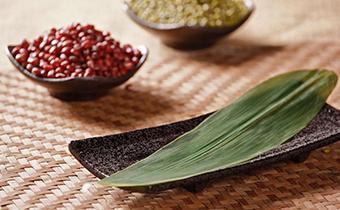 包粽子多余的粽叶怎么办  粽子叶蒸糯米饭怎么做