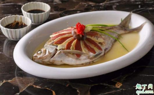 清蒸鱼怎么做不会腥 清蒸鱼一般选什么鱼3
