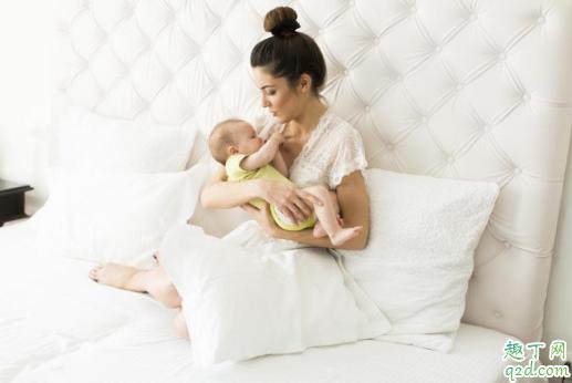 哺乳期用热毛巾敷乳房有什么用 哺乳期热敷胸部要注意什么1