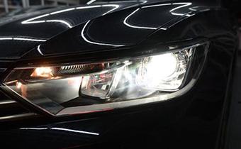 汽车大灯发黄怎样翻新 如何增加车灯亮度