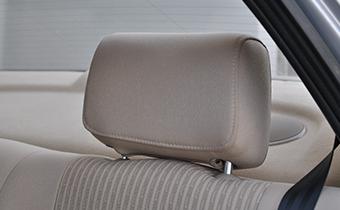 汽车座椅头枕为什么卡不住 汽车头枕在什么位置合适