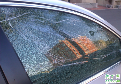 车窗贴膜起泡怎么办 车窗贴膜后为什么不能开窗1
