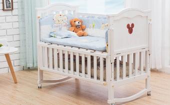 实木婴儿床什么样的好 实木婴儿床的挑选技巧