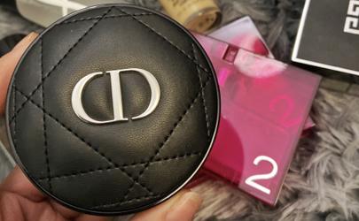 迪奥凝脂恒久气垫2019新款好用吗 dior2019新款小羊皮气垫使用评测