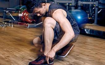 肌酸是运动前吃还是运动后吃 健身肌酸吃多少
