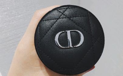 迪奥2019新款恒久气垫色号怎么选 迪奥新款锁妆气垫适合干皮吗