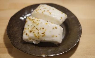 发糕是用糯米粉做还是用大米粉做 做发糕有什么技巧