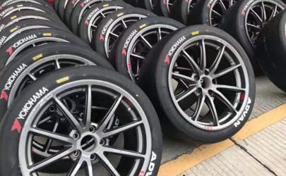 换条同型号的轮胎但花纹不一样会有影响吗 高速行驶车辆抖动要换胎吗