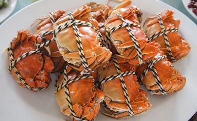 螃蟹放冰箱可以放几天不死 螃蟹怎么放冰箱保存