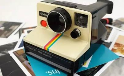 拍立得相机的照片可以传到手机吗 拍立得照片时间长了会褪色吗