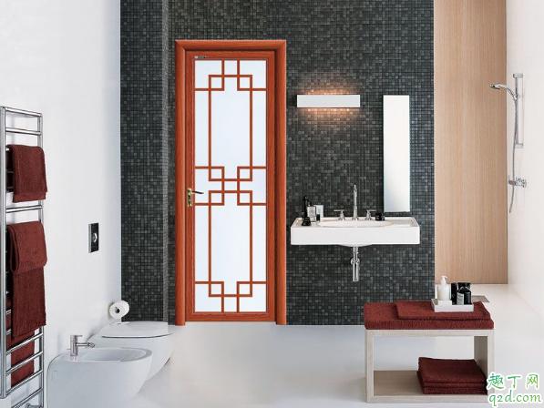 卫生间两边是卧室按什么门好 两个卧室中间是卫生间门选哪种好2