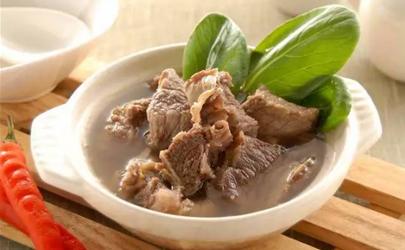 炖牛肉盖锅盖好还是不盖锅盖好 炖牛肉是盖锅还是开锅