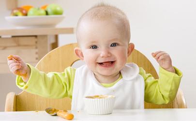 宝宝多大可以吃固体食物 宝宝吃固体食物有什么讲究