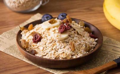 为什么吃膳食纤维便秘 哪些食物含有膳食纤维多