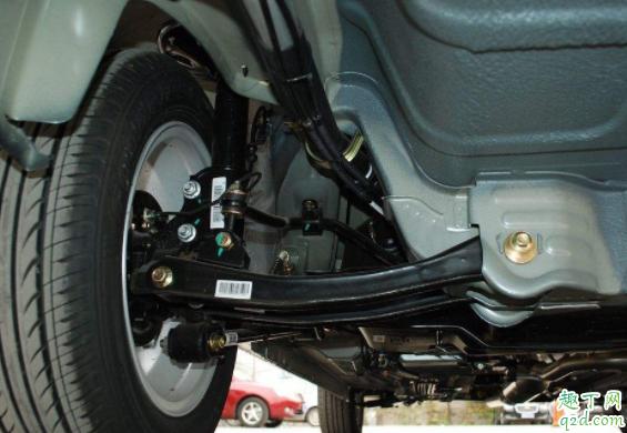 刹车油两年必须换吗 制动液报警了还可以行驶吗4