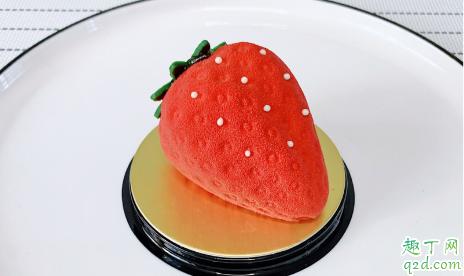麦当劳2019圣诞限定一颗草莓好吃吗 麦当劳一颗草莓蛋糕多少钱1