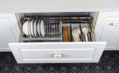 橱柜装拉篮好还是不装拉篮好 橱柜装拉篮的优缺点