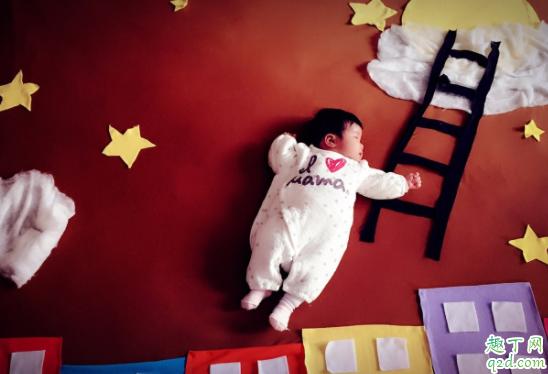宝宝三个月头上还有头垢正常吗 头上的胎脂会自己掉吗3