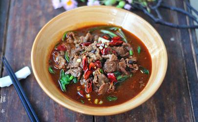 水煮牛肉用黄豆芽还是绿豆芽  水煮牛肉用什么豆芽好