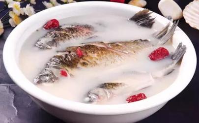 炖鲫鱼汤需要多少分钟 炖鲫鱼汤炖15分钟够吗