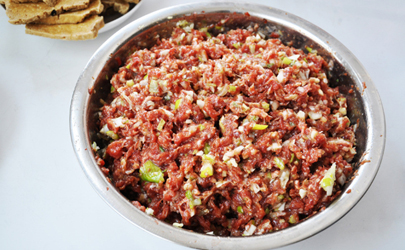 猪肉馅有腥味怎么去除 猪肉馅去腥味用什么材料