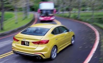 科目三汽车转弯要踩离合吗 为什么汽车大多是前轮转向