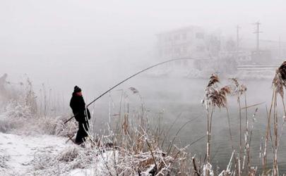冬季4米水深怎么钓鱼 打窝碎米好还是大米好