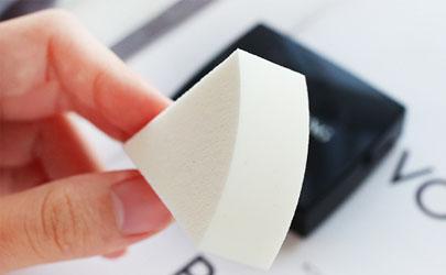 毛戈平无痕粉膏怎么选色号 毛戈平无痕粉膏功效作用