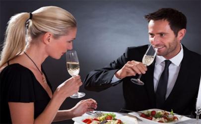 老板娘下班请吃饭怎么办 老板娘请吃饭要拒绝吗