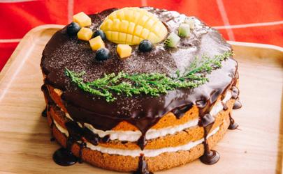 古早蛋糕和戚风蛋糕有哪些不一样 古早蛋糕和戚风蛋糕的区别
