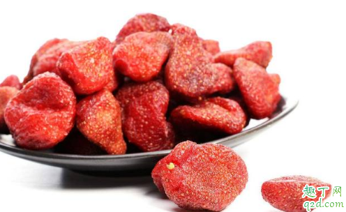 为什么草莓比草莓干贵那么多 草莓干是怎么做出来的3