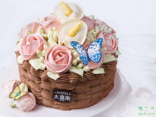 蛋糕开裂是什么原因 如何避免蛋糕开裂3