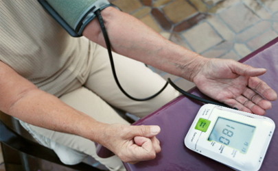 高血压要控制哪种营养素 高血压能吃腌酸菜好吗