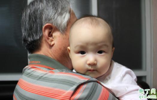 婴儿耳朵有炎症有什么症状 新生儿耳朵发炎会影响听力吗4
