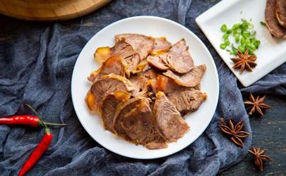 做酱牛肉放什么调料好 做酱牛肉用哪些香料和酱料