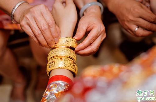 结婚三金买不买重要吗 结婚三金买黄金还是白金2