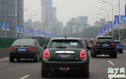 开车时额外电器的电力来源是什么 汽车安装了副电瓶能使用电饭锅吗 1