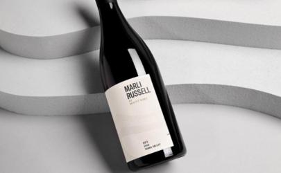 进口葡萄酒的年份越久越好吗 葡萄酒的年份是指采摘年份吗