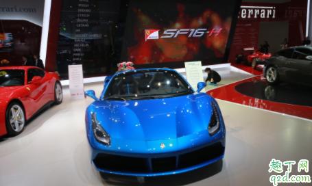 新能源和燃油车买哪个好 最近新能源汽车为什么降价3