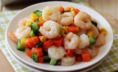 炒虾仁怎么保持虾仁的白色 虾仁怎么炒才嫩