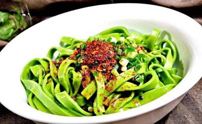菠菜面为什么不够绿 菠菜面怎么做颜色更绿