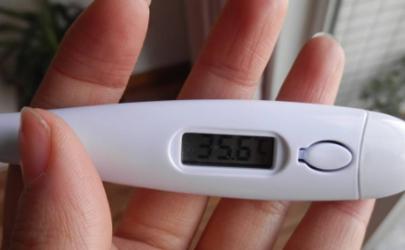 小孩量肛门温度多少正常 宝宝不让量体温有什么办法