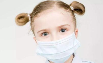 新型冠状病毒小孩带什么口罩 一岁小孩不能戴口罩怎么预防